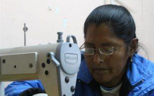 Entreprendre au féminin à POTOSI : aide à la création de micro-entreprises