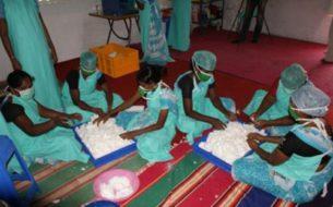 Création d'un atelier de production de serviettes hygéniques par des femmes indigentes