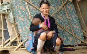 8 petites mains pour le développement de 13 villages en besoin