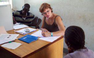 Scolarisation en secondaire de 15 jeunes filles orphelines issues de milieux défavorisés