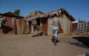 Rompre l'isolement social et économique des femmes vulnérables des quartiers précaires de Maputo