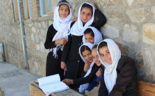 PAGE : Promouvoir une éducation de qualité pour les filles afghanes par la formation des élèves et des enseignantes
