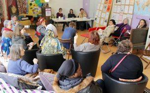 Acting for women's emancipation through digital tools